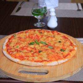 Canary Hotel Restaurant Pizza